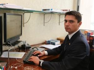 Dr. Cassiano é especialista em direito civil.