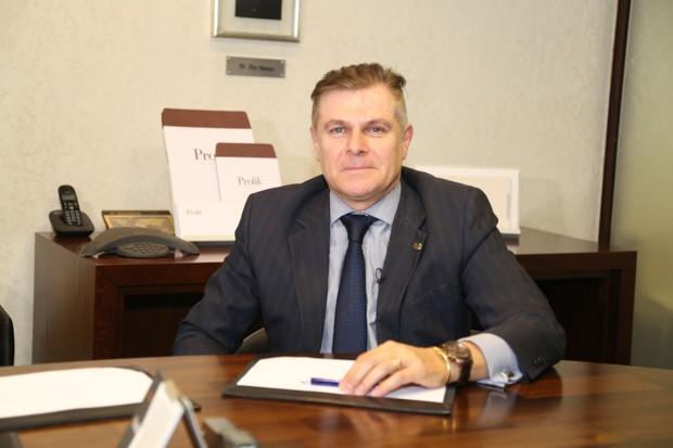 Dr. Cícero é diretor financeiro de Prolik Advogados.