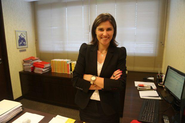 Dra. Ana Paula é do Departamento Trabalhista.
